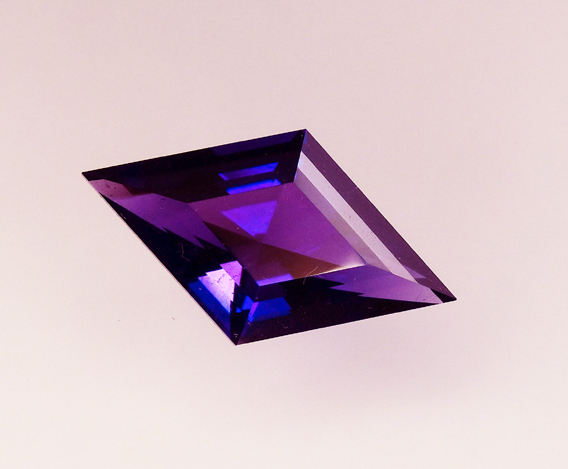diamond shaped blue flash amethyst
