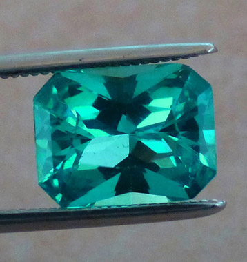 neon blue green, paraiba-like, apatite
