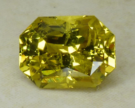 greenish yellow chrysoberyl