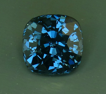 sri lankan blue spinel