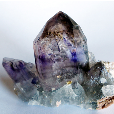 amethyst-smoky quartz with enhydro